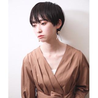 ショートボブ モード 黒髪 ショート ヘアスタイルや髪型の写真・画像