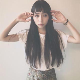 モード 黒髪 アンニュイ ショートバング ヘアスタイルや髪型の写真・画像