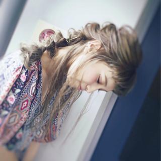 簡単ヘアアレンジ ガーリー デート ロング ヘアスタイルや髪型の写真・画像