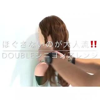 ロング 簡単ヘアアレンジ エレガント 上品 ヘアスタイルや髪型の写真・画像