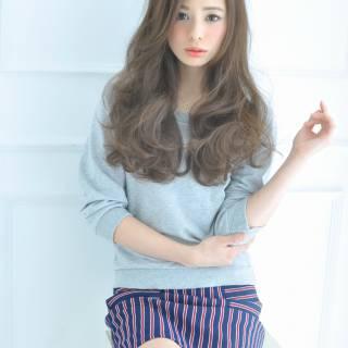コンサバ フェミニン モード ウェーブ ヘアスタイルや髪型の写真・画像