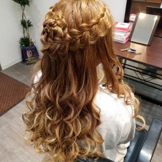 ハーフアップ ヘアアレンジ ガーリー 編み込み ヘアスタイルや髪型の写真・画像