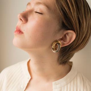 ブリーチオンカラー ヘアアレンジ ブリーチ ベージュ ヘアスタイルや髪型の写真・画像