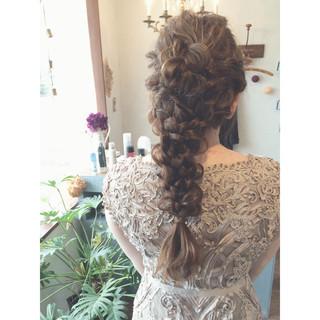 結婚式 謝恩会 ヘアアレンジ グレージュ ヘアスタイルや髪型の写真・画像