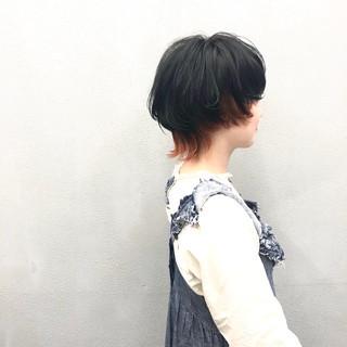 ウルフカット マッシュウルフ ショートヘア インナーカラー ヘアスタイルや髪型の写真・画像
