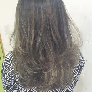 外国人風 ヘアアレンジ ストリート 大人女子 ヘアスタイルや髪型の写真・画像