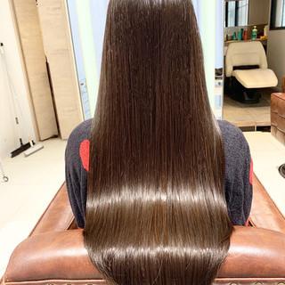 ナチュラル 冬 ロング 艶髪 ヘアスタイルや髪型の写真・画像