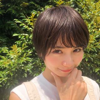 ショート 透明感 前髪あり 抜け感 ヘアスタイルや髪型の写真・画像