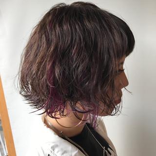 ボブ ピンク インナーカラー ガーリー ヘアスタイルや髪型の写真・画像