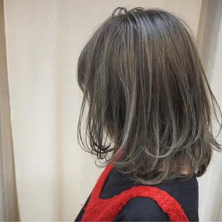 ストリート 外国人風 イルミナカラー ハイライト ヘアスタイルや髪型の写真・画像 ヘアスタイルや髪型の写真・画像