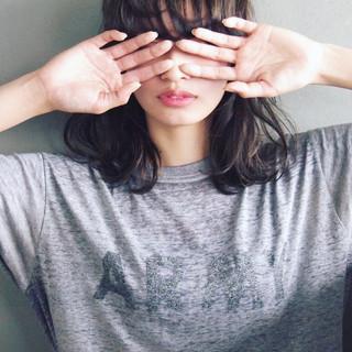 アッシュ パーマ 大人かわいい 暗髪 ヘアスタイルや髪型の写真・画像