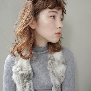 抜け感 無造作 ミディアム ガーリー ヘアスタイルや髪型の写真・画像