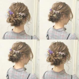 謝恩会 ヘアアレンジ ナチュラル 成人式 ヘアスタイルや髪型の写真・画像 ヘアスタイルや髪型の写真・画像