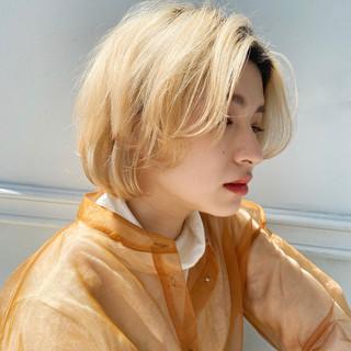 ボブ ブリーチオンカラー モード ハイトーンボブ ヘアスタイルや髪型の写真・画像