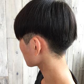 切りっぱなしボブ ストリート ショート メンズマッシュ ヘアスタイルや髪型の写真・画像