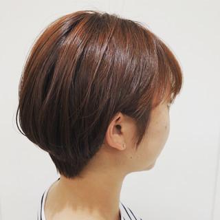 マッシュショート ナチュラル アプリコットオレンジ オレンジベージュ ヘアスタイルや髪型の写真・画像