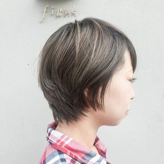 小顔 外国人風カラー 似合わせ ショート ヘアスタイルや髪型の写真・画像