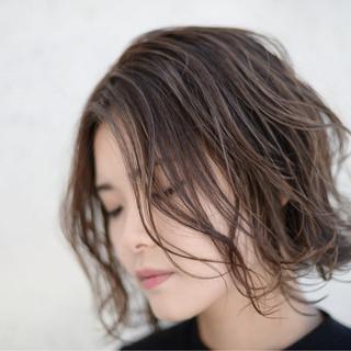 マッシュ ハイライト 秋 ボブ ヘアスタイルや髪型の写真・画像