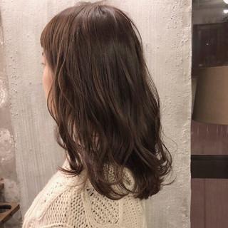 ナチュラル ヘアアレンジ アンニュイ オフィス ヘアスタイルや髪型の写真・画像 ヘアスタイルや髪型の写真・画像