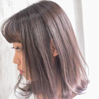 ミルクティーブラウン ミルクティーアッシュ ミルクティーベージュ ミルクティー ヘアスタイルや髪型の写真・画像