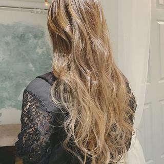 大人かわいい グラデーションカラー ロング エレガント ヘアスタイルや髪型の写真・画像