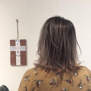 ストリート 女子会 透明感 簡単ヘアアレンジ ヘアスタイルや髪型の写真・画像