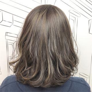 ハイライト 外国人風カラー ナチュラル イルミナカラー ヘアスタイルや髪型の写真・画像 ヘアスタイルや髪型の写真・画像