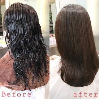 ナチュラル ロング 最新トリートメント 縮毛矯正 ヘアスタイルや髪型の写真・画像 ヘアスタイルや髪型の写真・画像