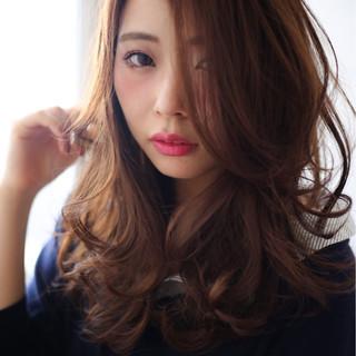 ロング コンサバ パーマ 暗髪 ヘアスタイルや髪型の写真・画像