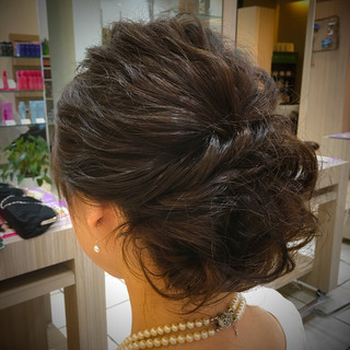 アップスタイル セミロング 波ウェーブ ヘアアレンジ ヘアスタイルや髪型の写真・画像