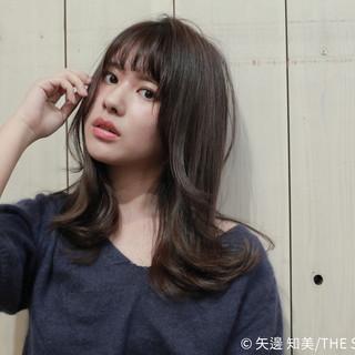 大人かわいい レイヤーカット セミロング ミディアムレイヤー ヘアスタイルや髪型の写真・画像
