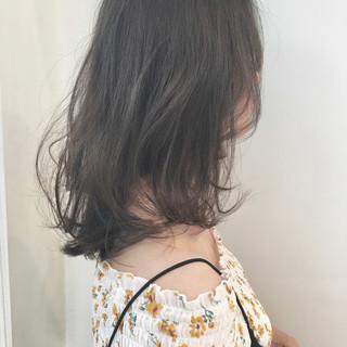 ロブ 透明感 セミロング ガーリー ヘアスタイルや髪型の写真・画像