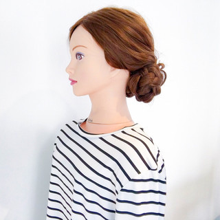 上品 オフィス アウトドア ヘアアレンジ ヘアスタイルや髪型の写真・画像