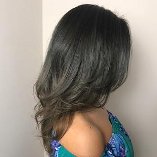 グラデーションカラー ロング 外国人風カラー 上品 ヘアスタイルや髪型の写真・画像
