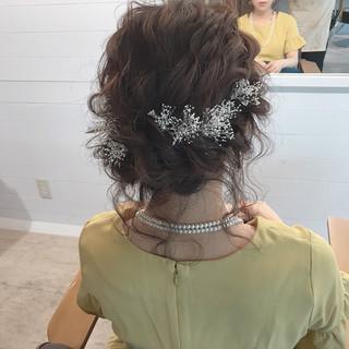 結婚式 ミディアム 愛され ナチュラル ヘアスタイルや髪型の写真・画像