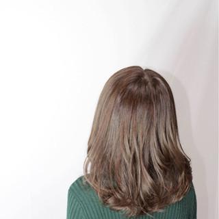 ハイライト 外国人風 アッシュ ナチュラル ヘアスタイルや髪型の写真・画像
