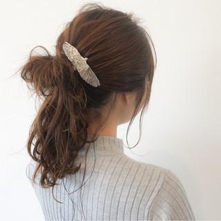 女子会 ナチュラル お団子 イルミナカラー ヘアスタイルや髪型の写真・画像