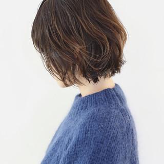 外ハネ パーマ ボブ グラデーションカラー ヘアスタイルや髪型の写真・画像