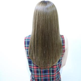 ストレート おフェロ 透明感 大人かわいい ヘアスタイルや髪型の写真・画像