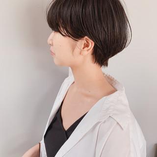 ナチュラル マッシュショート 黒髪 ミルクティーベージュ ヘアスタイルや髪型の写真・画像