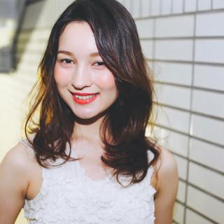 外国人風 ピュア ゆるふわ セミロング ヘアスタイルや髪型の写真・画像