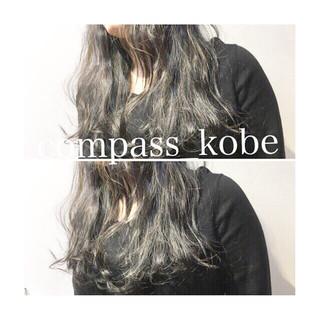 セミロング ナチュラル 透明感 オリーブアッシュ ヘアスタイルや髪型の写真・画像 ヘアスタイルや髪型の写真・画像