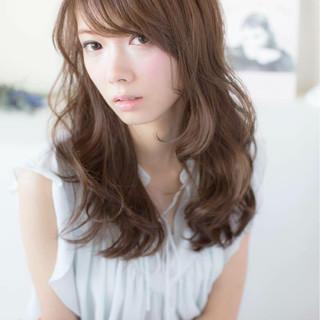 セミロング ナチュラル モテ髪 パーマ ヘアスタイルや髪型の写真・画像