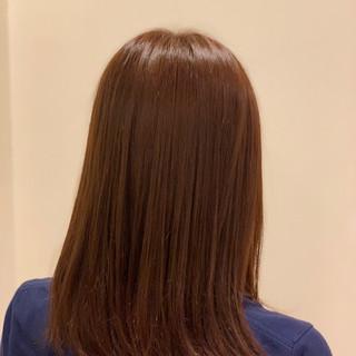 ベージュ ミディアム 鎖骨ミディアム ナチュラル ヘアスタイルや髪型の写真・画像