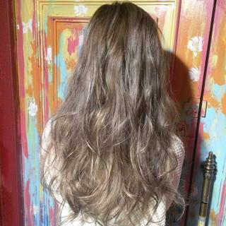 渋谷系 外国人風 グラデーションカラー ロング ヘアスタイルや髪型の写真・画像