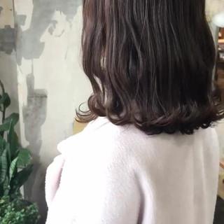 ヘアカラー ヘアアレンジ グレージュ セミロング ヘアスタイルや髪型の写真・画像