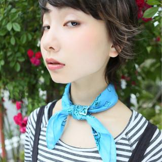 外国人風 ショート パーマ ストリート ヘアスタイルや髪型の写真・画像