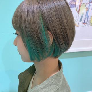 ショート グリーン インナーカラー ストリート ヘアスタイルや髪型の写真・画像 ヘアスタイルや髪型の写真・画像