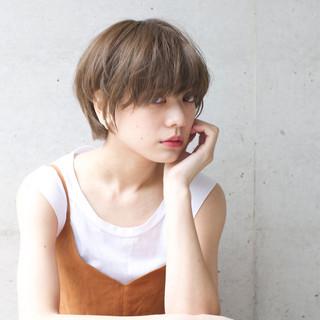 大人女子 小顔 ショート 外国人風 ヘアスタイルや髪型の写真・画像