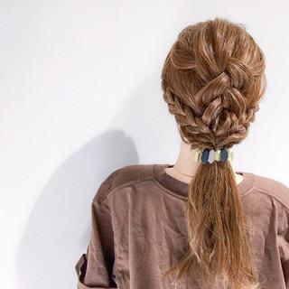 アウトドア ヘアアレンジ セミロング 簡単ヘアアレンジ ヘアスタイルや髪型の写真・画像